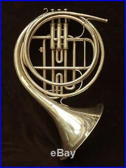BEAUTIFUL VINTAGE BOOSEY & HAWKES SOTONE FRENCH HORN -COR- WITH Eb CROOK 1941