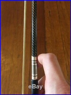 D Z Strad Violin Bow Model 854 Silver-braided Carbon Fibre with Ox Horn Frog