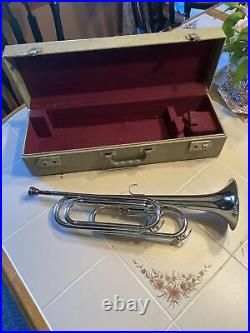 Elkhorn By Getzen Single Valve Bugle Horn with Mouthpiece And Case #B3026