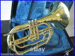 GOOD YAMAHA YHR302M MARCHING FRENCH HORN IN Bb with CASE & MOUTHPIECE