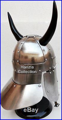 Medieval Knight Costume Armor Viking Barbarian Warrior Helmet with Black Horns