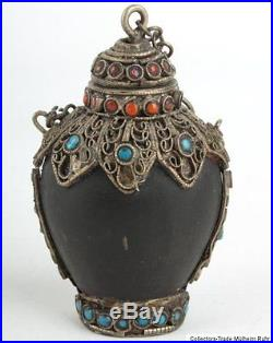 Nepal 20. Jh. A Nepalese Horn Snuff Bottle With Inlaid Silver Mounts Tabatiere