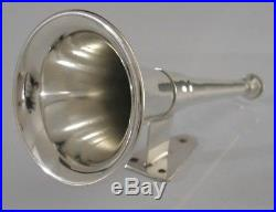 SILVER PLATE HUNTING HORN STIRRUP CUP WITH WALL MOUNTING c1920 LODGE PIECE