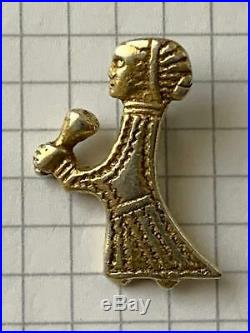 Viking silver gilt Valkyrie with horn Pendant 9th-10th century, extremely rare